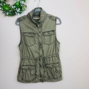 Max Jeans Army Green Sleeveless Cargo Vest